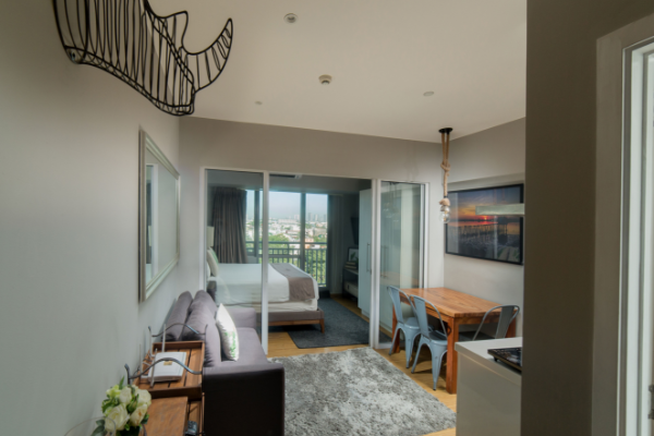 1BR Actual Furnished at Sutherland Tower